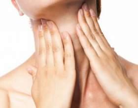 Як ефективно боротися з болем в горлі? фото